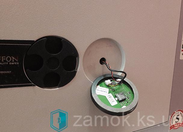 Ремонт электронного сейфа